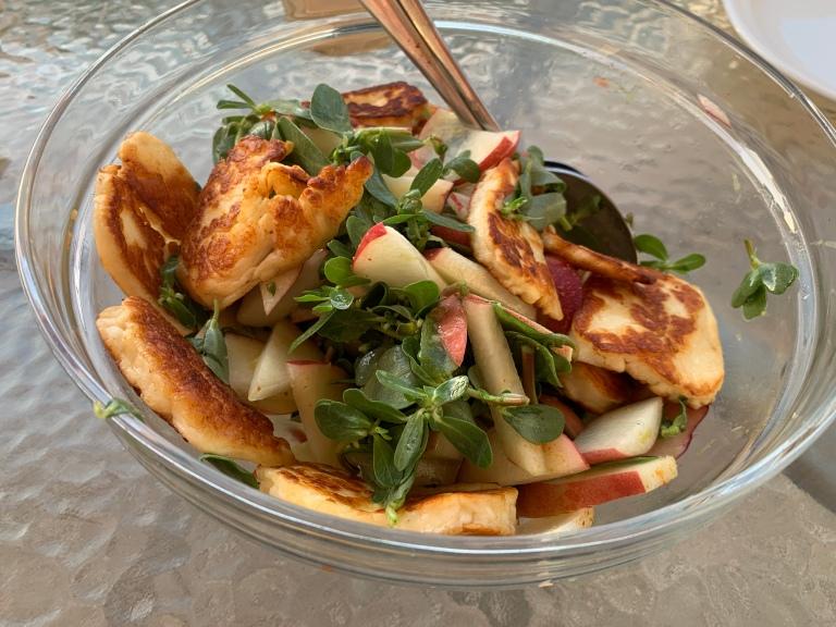 Halloumi-Pfirsich-Salat